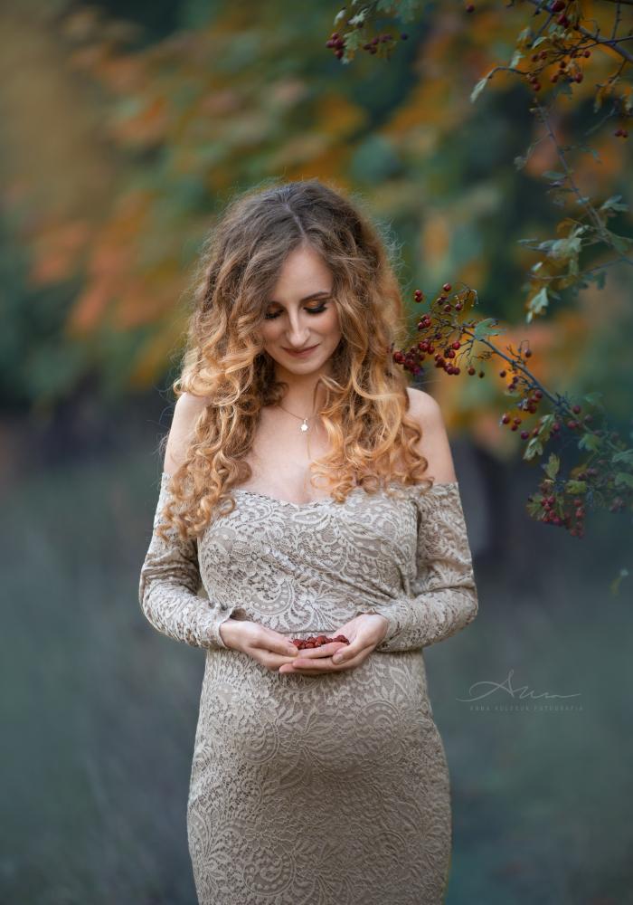 sesja ciążowa w lesie